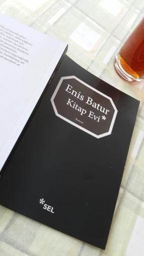 Enis Batur'un Yeni Kitabı: Kitap Evi (Roman)